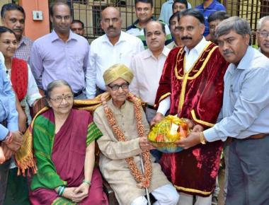 Channaveera Kanavi gets invitation from Mysuru Mayor