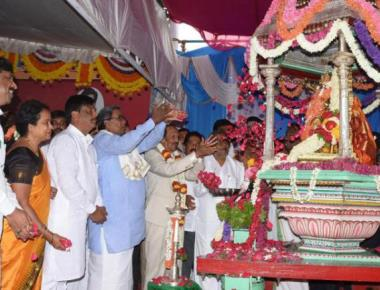 Dasara begins in Mysuru amid hopes of more rain