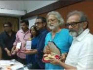 13 filmmakers return national awards in support of FTII students