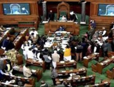 Lok Sabha passes triple talaq bill