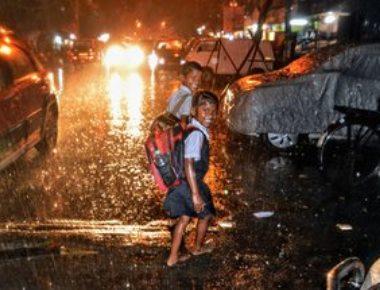 Cyclone Ockhi fallout: Hailstorm near Mumbai; schools shut