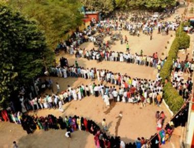 Demonetisation: With anger rising, govt eases withdrawal norms