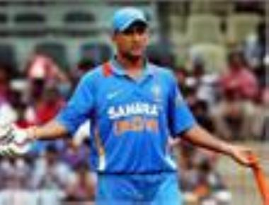 Dhoni booed by Indian spectators during 2nd ODI