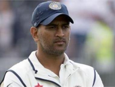 Dhoni plays down criticism, says everybody has views in life