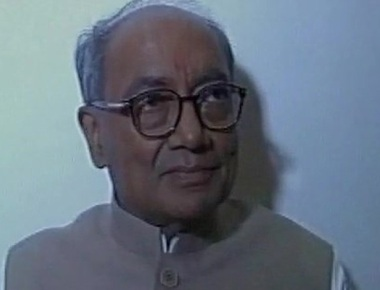 Madhya Pradesh Assembly recruitment scam: Will surrender before court on Saturday, says Digvijay Singh