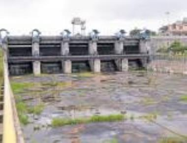 Farmers' misery overflows as water level dips in Gorur, Yagachi dams