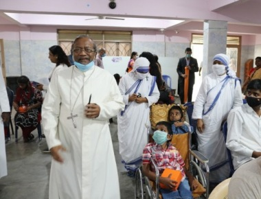 Archbishop Machado Cheers Specially Abled Persons