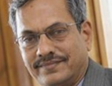 Dr Mohandas Bhat takes charge as principal of MIT college
