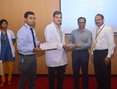 Dr Sunil Furtado delivers guest lecture at FMMCH