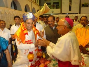 C M, Top Officials, Dignitaries Attend Christmas Celebration of Archdiocese