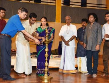 Expert PU College hosts flute recital by Sumhit Veda Aradhyula