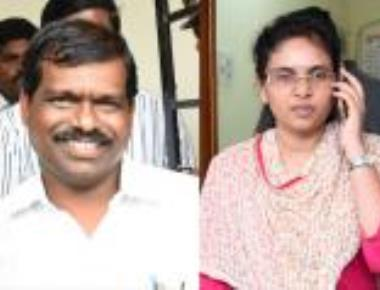 Ex-MLA, wife clash in public over his 'affair'
