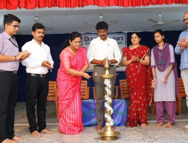 Excellent Science and Commerce PU College inaugurates Commerce Association