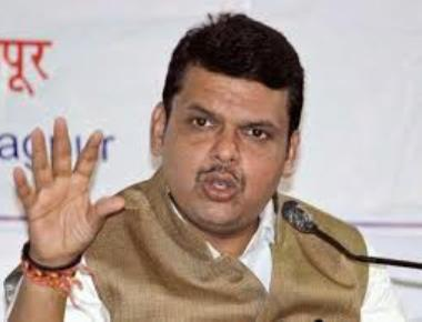 MNS calls Fadnavis 'bhaiyya bhushan'