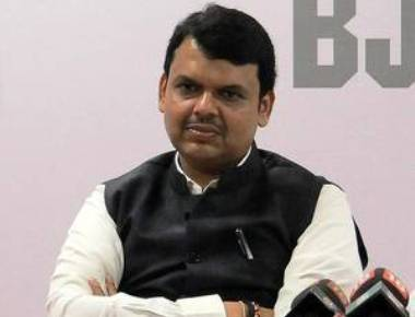 Fadnavis survives yet another helicopter mishap