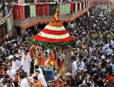 Jagannath Rath Yatra starts in Ahmedabad; PM greets people