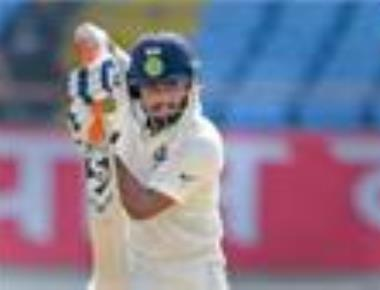 Pant dazzles, Shaw sizzles as youngster dominate second day