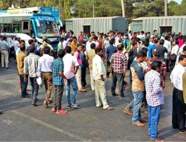 Fee hike: snap protest at NITK Surathkal booth