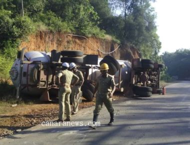 Bullet tanker overturns at Perne, no casualties