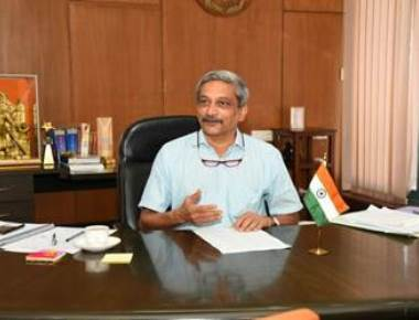 Goa to ban plastic from all government offices: Parrikar