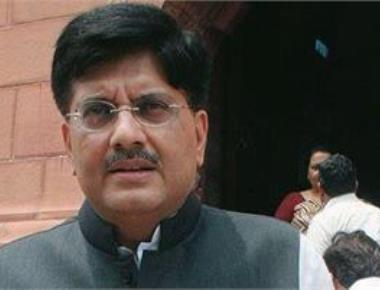 Goyal, industry discuss ways to quicken project implementation