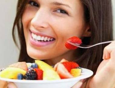 Eating fruit and vegetables makes you happy