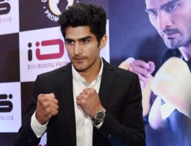 HC issues fresh notice to boxer Vijender Singh for turning Pro
