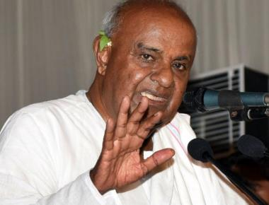 Modi using devious ways to saffronise country, says Deve Gowda