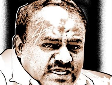 HDK hits back, calls Governor's move 'Gujarati business'
