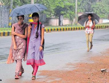 Heavy rain in some districts