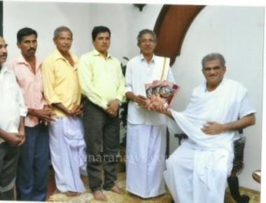 Dr Veerendra Hegde releases Gopal Gowda's book 'Kudubiyara Maduve'