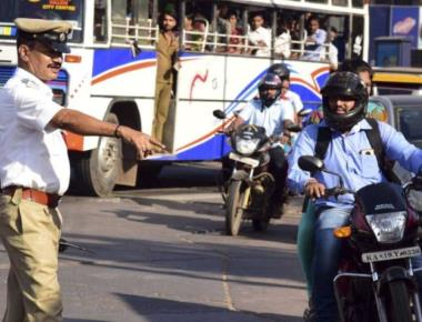2,642 cases booked, Rs. 2.65 lakh fine imposed on first day of helmet rule