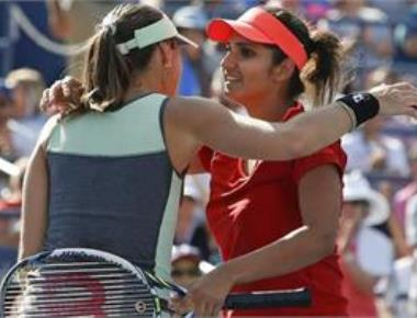 Sania Hingis - Martina Hingis team reaches US Open semis