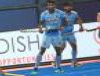 Indian hockey teams end year on 6th and 10th spots