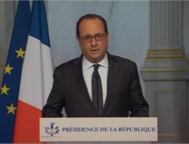 Hollande vows to destroy IS after Paris attacks