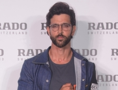 Hrithik to walk the ramp at Exhibit's Tech Fashion Tour