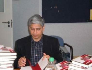 Not appropriate to talk to Hurriyat, India warns Pakistan