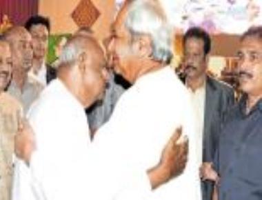 I became CM, thanks to Biju Patnaik, says Deve Gowda