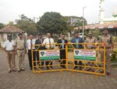 SDPI protest demanding arrest of Shobha and Yeddyurappa