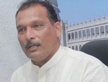 Ivan D'Souza blames bus lobby behind slow running of train