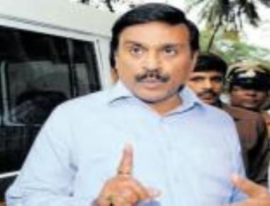 SIT arrests Janardhana Reddy in iron-ore export case