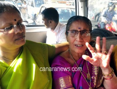Jashodaben raises hands for local charity