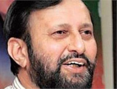 Javadekar lambasts Sonia; tells Cong 'most communal'