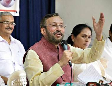 'It is between Cong.'s family-centric and BJP's inclusive politics': Prakash Javadekar
