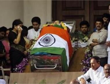 Inquiry ordered into Jaya's death, merger chances brighten