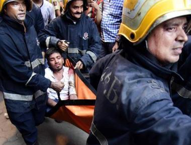 Congested Mumbai streets hamper rescue efforts