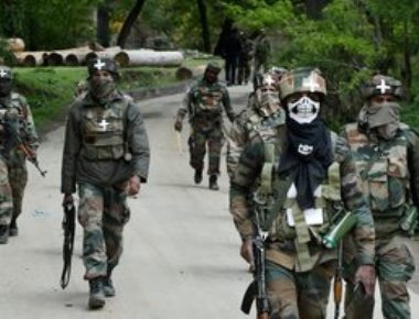 Militants strike during massive op to flush out ultras in Shopian
