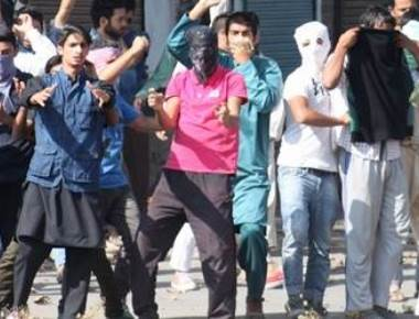 Widespread student protests spark tension in Kashmir Valley