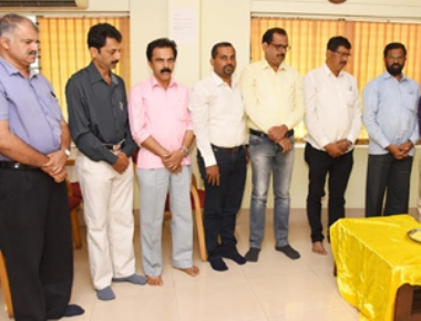 Mangaluru journalists pay tribute to Chethanram Iranthakaje