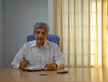 Government should respect SC verdict: J P Hegde